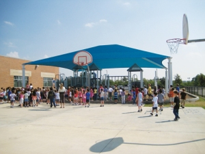 A Super Span Structure Covering a Playground from Sup Port Shade Structures.